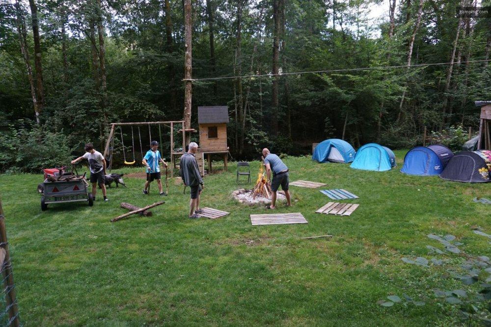Aire camping-car à Fresse (70270) - Photo 6